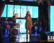 Jaymee Lee Hanekon演唱音乐剧《紫色》中歌曲《I'm Here》